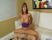 Video porno mature nympho ramasse de la bite