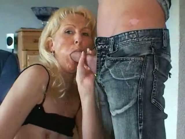 petite pute se fait enculer lesbiennes salopes francaises