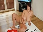 Exhibition femme mature à grosse poitrine