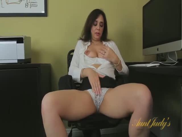rencontre femme 40 elle se masturbe en cam